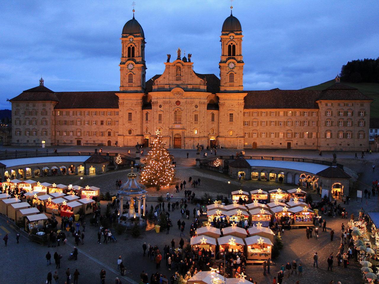 Weihnachtsmarkt Flughafen München öffnungszeiten